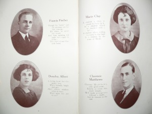 Seniors 1922 - click image to enlarge